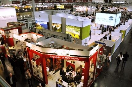 Photo for: Tradeshow Tips: How to Convert Distributor, Wholesaler and Retailer Visits into Purchase Orders.