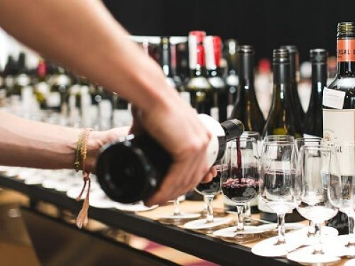 Photo for: Why Product Ratings Matter for Wine, Beer and Spirit Brands